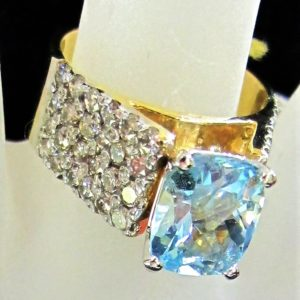 14 KT Yellow Gold 3 CT Aqua Ring with 1 1/2 CT tw Diamonds