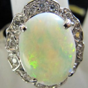14 KT White Gold 3.23 CT Opal Ring with .264 CT tw Diamonds