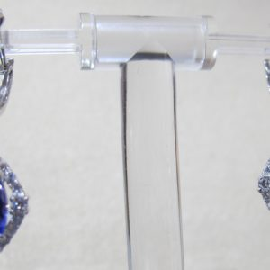 18 KT White Gold Earrings with 1.08 CT tw Diamonds and 4.25 CT tw Tanzanite