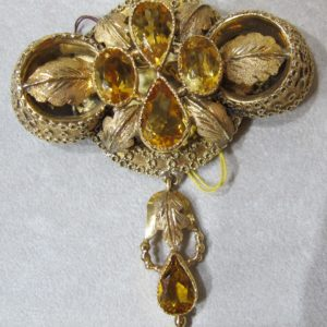 18 KT Yellow Gold Broach Featuring 12 CT's of Citrine (Pre-Owned)