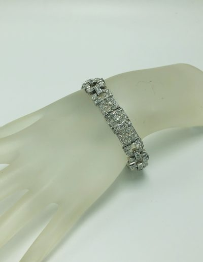 Preowned White Diamond Bracelet